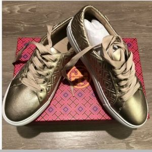 Tory Burch rose gold quilted lace up sneakers  NIB